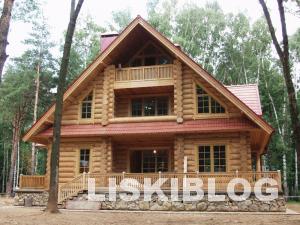 деревянный дом большой